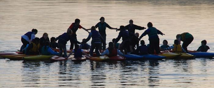 kayak_scene