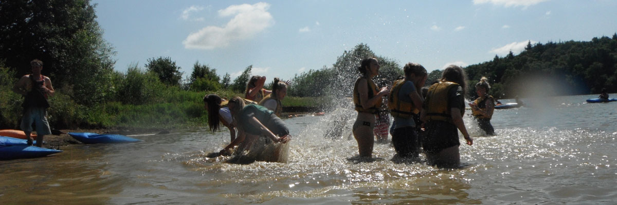 Fun on a hwole year group outdoor residential